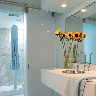Bathrooms Layout for Small Space