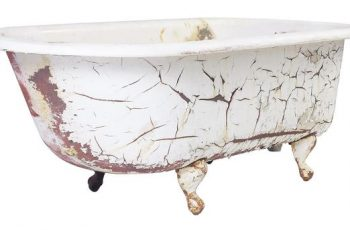 How to Clean a Cast Iron Bath tub