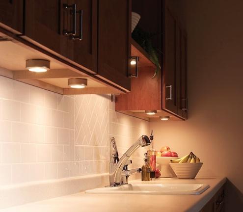 under kitchen cabinet lighting ideas home design tips. Black Bedroom Furniture Sets. Home Design Ideas