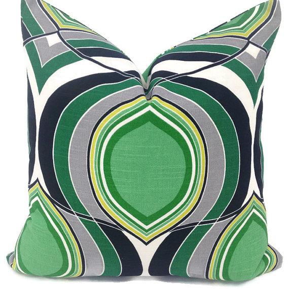 Decorative Pillows Make Wonderful Home Decor image 001