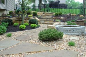 Landscape Ideas for Front Yard on a Hill (2)