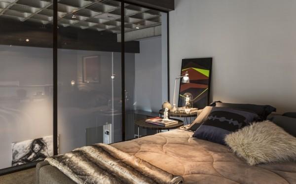 Elegant Glass Bedroom Wall