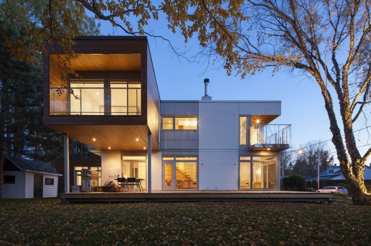Contemporary L-Shaped Home
