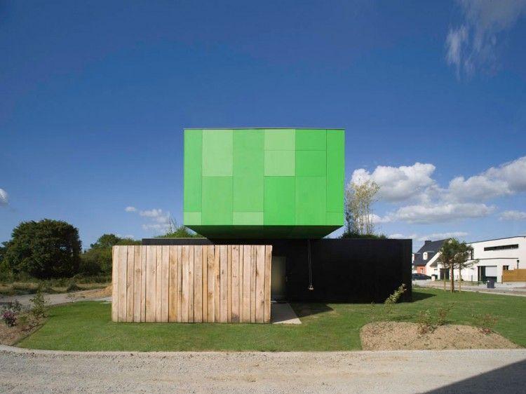 Eco-Friendly Crossbox House by CG Architectes 02