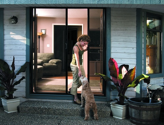 Retractable Screen Doors for Pets
