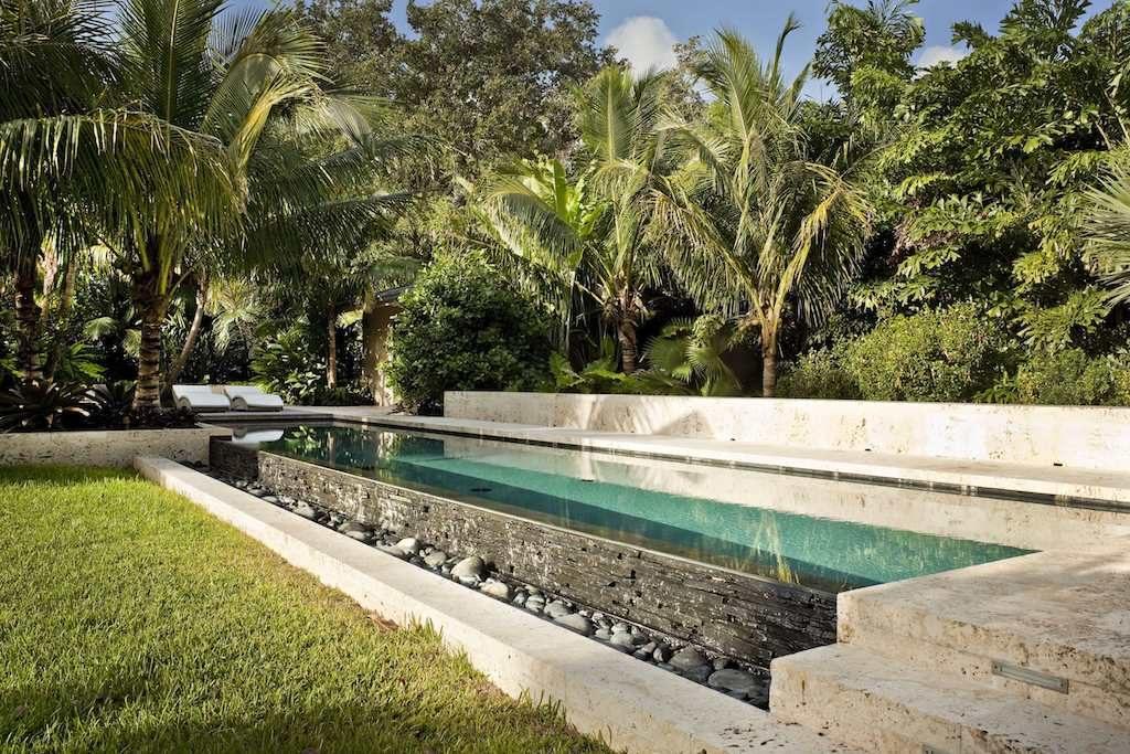 Tropical Garden Design image 003